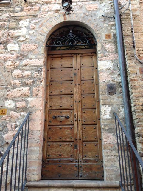 Assisi door
